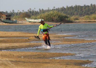kalpitiya lagoon kite