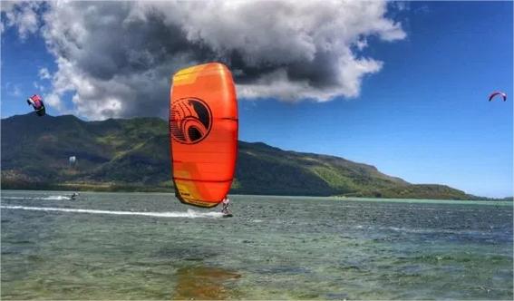 The best kiteboarding kites in the market