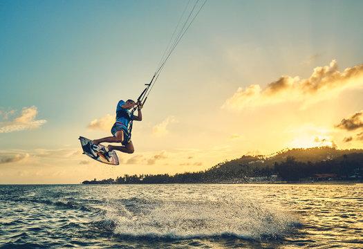 The Top 10 kitesurfing tricks for beginners
