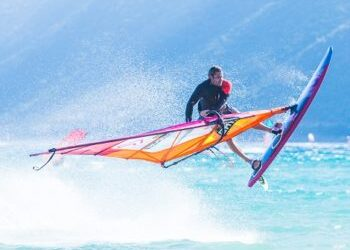 Differences between kitesurf and windsurf
